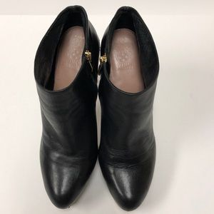 Vince Camuto Bootie Size 10